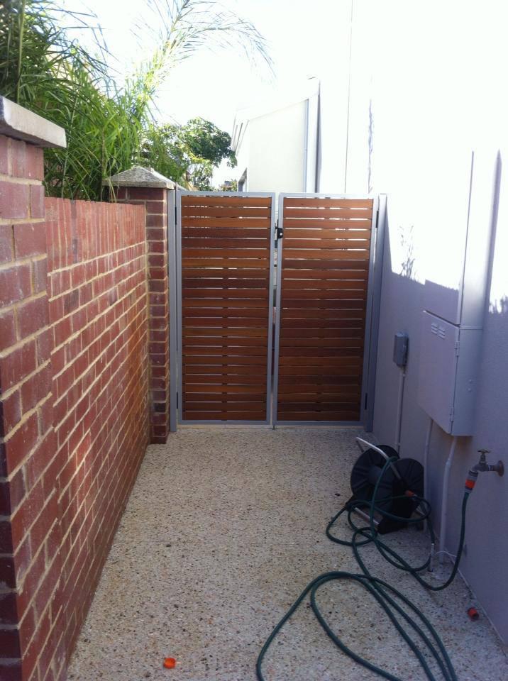 Aluminium slat gates fences screens perth screening for Fence screening solutions